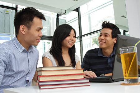 近日美國愛荷華州立大學發現至少30名國際留學生作弊,大部份是中國留學生,路透社實地訪查其中3名中國留學生,請他們現身說法。(Fotolia)