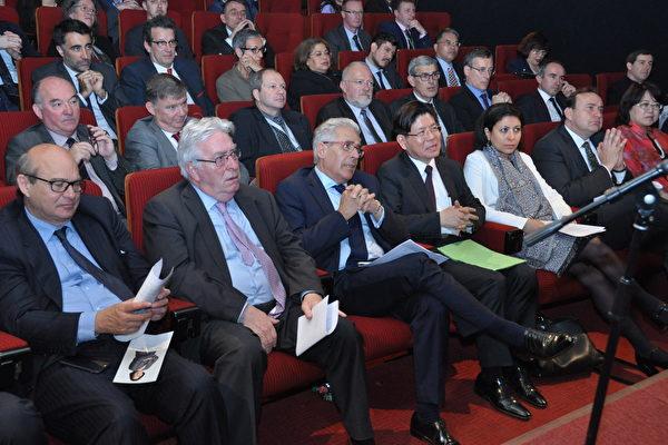驻法代表处和法议会代表共贺蔡英文总统上任