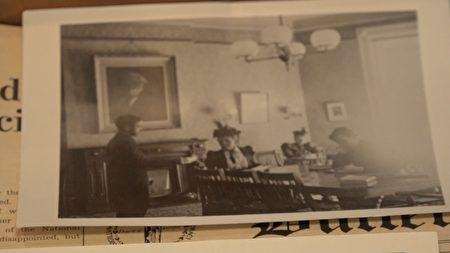 老照片真实的记录了伯纳德学院的历史片段。