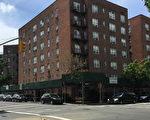 夺命车祸发生在杰克森高地34大道夹91街十字路口。 (林丹/大纪元)
