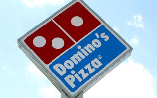 涉嫌压榨员工 美国披萨巨头达美乐被起诉