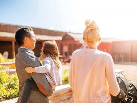 豪宅建築商ALBI在Symons Gate社區推出中端價位的豪宅。圖為Symons Gate生活區。(大紀元資料)
