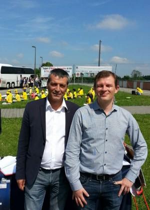 来自法国的两位欧洲议会议员:左边是Édouard Martin议员,右边是Guillaume Balas议员 (汉灵大纪元)
