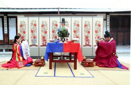 韓國傳統婚禮儀式。(全宇/大紀元)
