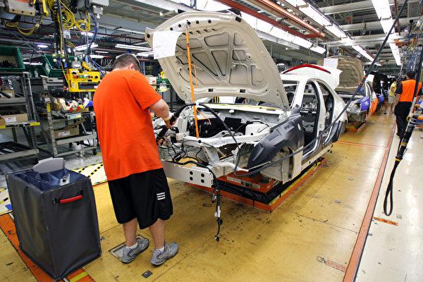 川普发声后 通用汽车在美投资电动车招人