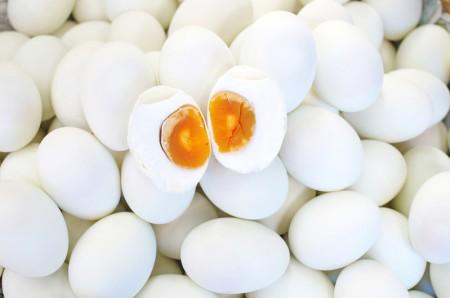 鹹蛋(fotolia)