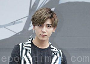 """""""Bii""""毕书尽于2016年6月12日在台北举行签唱会。(黄宗茂/大纪元)"""