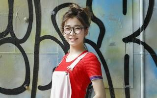 清新鼓手形象的网络红人罗小白,拥有94万FB点赞的高人气,最近转型为唱跳歌手发片。(上行娱乐提供)