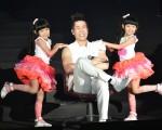 羅時豐(大牛)出道30週年世界巡迴台北場,找來童星組合「左左右右」擔任表演嘉賓。(宜辰整合行銷提供)