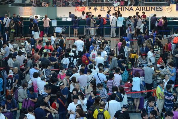 华航26日起航班恢复 2天罢工营损2.8亿台币