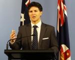 澳洲新州創新和法律優化廳長Victor Dominello週三宣佈物業法律修訂案基本完成。(燕楠/大紀元)