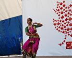 士嘉堡區將舉行國慶「多元文化加拿大慶典」系列活動。圖為新聞會上的印度舞表演。(伊鈴/大紀元)