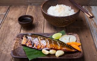 沖繩飲食也注重每週應吃3次魚,並多選用有豐富DHA、EPA魚類。(fotolia)