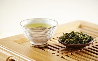 泡過的茶葉渣不要丟,曬乾後點燃可以驅蚊。(Fotolia)