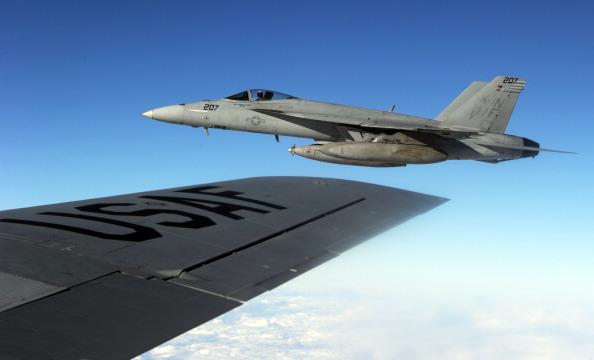 俄偷袭叙反政府军 美俄战机在叙上空交锋