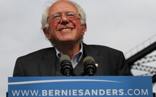 美国民主党总统参选人桑德斯  (John Sommers II/Getty Images)
