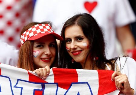 6月12日,2016歐洲盃D組土耳其對克羅埃西亞的比賽,克羅埃西亞女球迷。(Clive Rose/Getty Images)