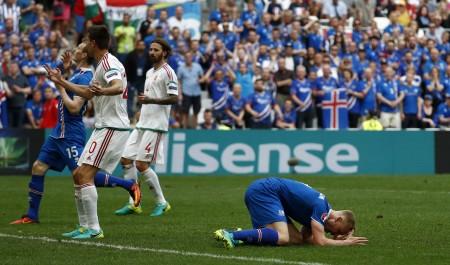 冰岛球员(Kolbeinn Sigthorsson (ODD ANDERSEN/AFP/Getty Images)