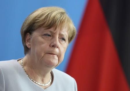 德國總理默克爾(Angela Merkel)週一(6月27日)表示,她瞭解英國需要時間來啟動脫歐程序,但警告不要拖延。她排除了英國在正式启动脱歐程序前非正式談判的可能。(Sean Gallup/Getty Images)