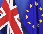 英国可能脱离欧盟,引发市场忧心英国经济和欧盟将受到负面冲击,而原本疲弱的全球经济也将遭波及。(AFP)