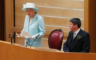 2016年7月2日,女王在蘇格蘭議會第五次開幕的時候發表演說。(ANDREW MILLIGAN/AFP)