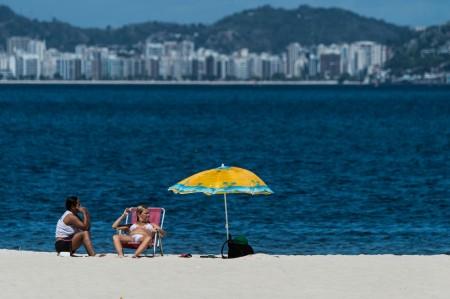 巴西海滩发现超级细菌,使奥运再增隐忧。图为佛朗明哥海滩。(AFP)