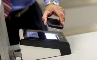 用免费手机护照APP 两分钟即通关入境美国