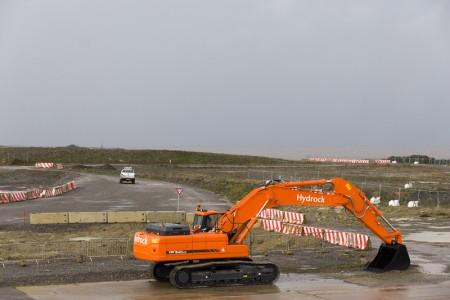 2013年10月21日拍摄的英格兰海岸欣克利角核电站反应堆将建立在此的开发用地。(JUSTIN TALLIS/AFP)