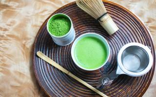 在禅修时喝抹茶,有提神醒脑、补充营养的功效。(Benjamin Chasteen/Epoch Times)