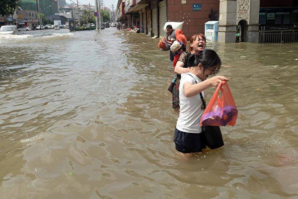 武漢遭水淹 江澤民被罵出水面