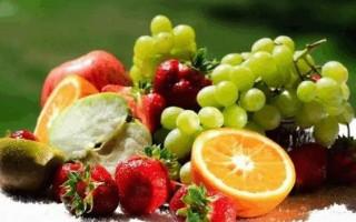經常吃水果,可幫助身體排毒。(網絡圖片)