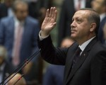 美国《石英》杂志指,土耳其总统埃尔多安正以未遂政变为借口,来扼杀该国的世俗民主制。(Murat Kaynak/Anadolu Agency/Getty Images)