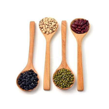 黑豆、黃豆、綠豆、紅豆。(Fotolia)