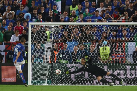BORDEAUX, FRANCE - JULY 02: Manuel Neuer of Germany saves the penalty by Leonardo Bonucci of Italy at the penalty shootout during the UEFA EURO 2016 quarter final match between Germany and Italy at Stade Matmut Atlantique on July 2, 2016 in Bordeaux, France. (Photo by Alexander Hassenstein/Getty Images)