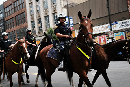 全代会期间,克利兰夫市区保安升级。 (Spencer Platt/Getty Images)