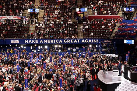 美国共和党全国代表大会7月18日在俄亥俄州克里夫兰市召开,首日主题是让美国更安全。 (John Moore/Getty Images)