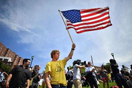川普的支持者。(Jeff J Mitchell/Getty Images)