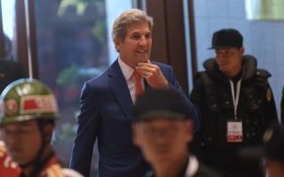 美國國務卿克里7月25日抵達老撾,參加東盟地區論壇和東亞峰會。   (HOANG DINH NAM/AFP/Getty Images)