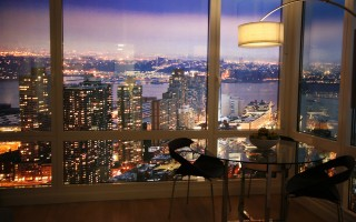 纽约一间豪华公寓内景。(Amy Sussman/Getty Images)