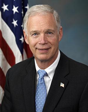 Ron_Johnson,_official_portrait,_112th_Congress