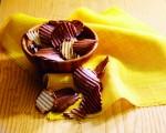 ROYCE' 生产的畅销商品:薯片巧克力。(ROYCE' 提供)