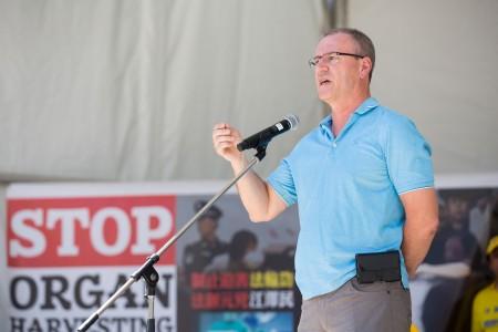 联邦自由党国会议员沃沙斯纳斯基(Borys Wrzesnewskyj)曾于 2009年提出过修改刑法,以打击人体器官贩卖。(艾文/大纪元)