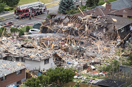 密市大爆炸案的后期废墟挖掘工作仍在缓慢进行。(加通社)