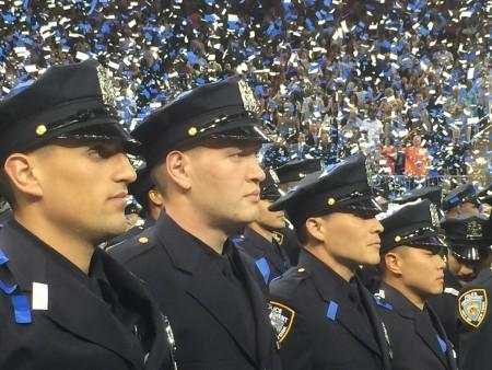 昨天有1257個新警官從警察學院畢業。
