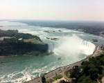 加拿大尼亞加拉大瀑布。(攝影:貫明)
