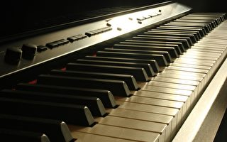 神奇医案:百岁痴呆老人 精通钢琴演奏