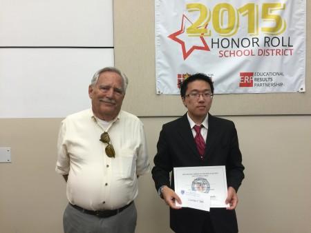 图:谢安康(Chaney Tse)获CACALA 第三届辩论赛奖,即将入读John Hopkins University生物物理和东亚学习专业 。(Juliet Zhu/大纪元)