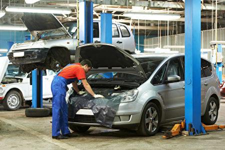 在计划购买新车或二手车时,不仅要考虑汽车本身的售价,也不要忘了汽车维护成本。(fotolia)
