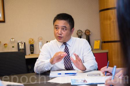 台銀保代台中分公司總經理陳輝明。(莊孟翰/大紀元)