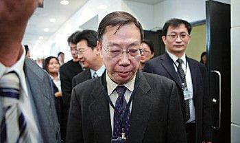 黃潔夫2001年起擔任中共衛生部副部長的12年間,正值法輪功遭到中共殘酷鎮壓,中國器官移植數量呈幾倍增長。(大紀元資料圖片)